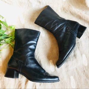 Hōgl • Fleece Lined Ankle Boots